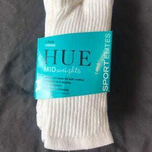 BNIP HUE Crew Socks One Size White